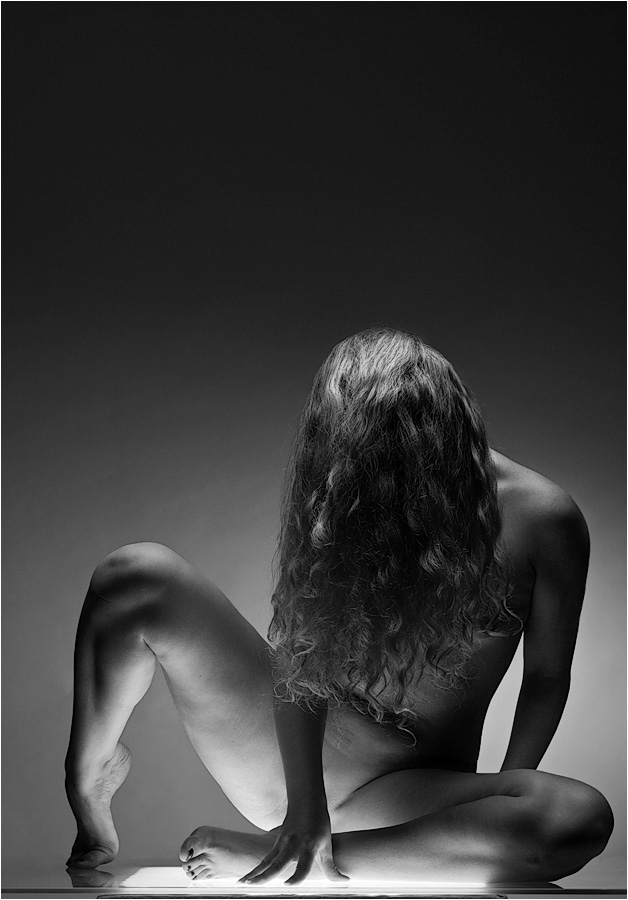 Black and white hot chick naked picture