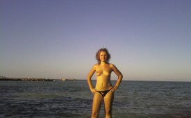 369-Topless-in-the-sunset.jpg