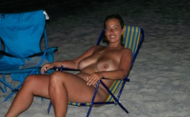 517-Nudist-voluptuous-hottie-enjoying-a-mountain-dew.jpg