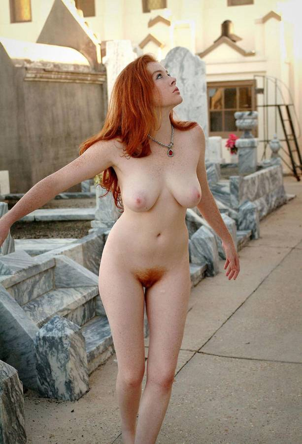 Sexy nude natural redhead outside
