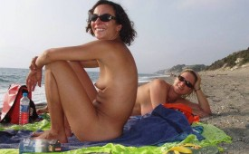 823-Nudist-babes-love-to-be-photographed.jpg